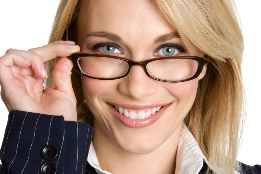 049394ab214 How to tell if someone is wearing non prescription glasses